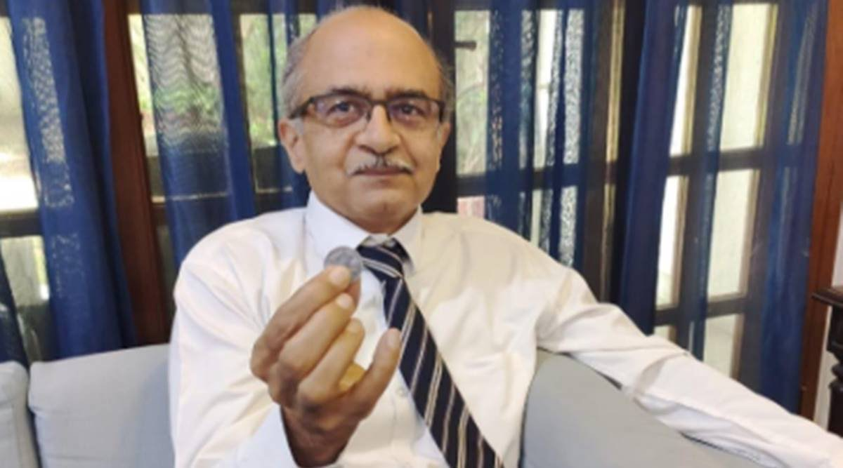 Supreme Court Imposes Re 1 Fine on Prashant Bhushan For Contempt of Court